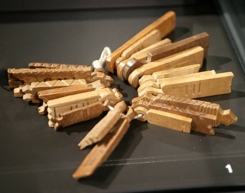 деревянные деньги