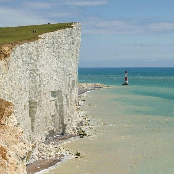 Белые скалы Дувра в Англии - TEKKU / tekku.ru / Surfingbird.ru